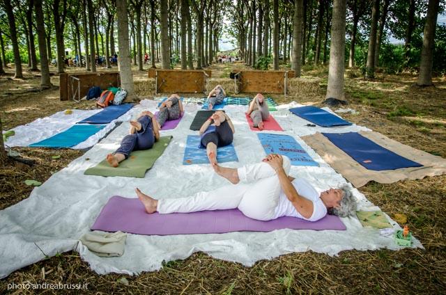 laura melchiori - Yoga ecoinvolgente